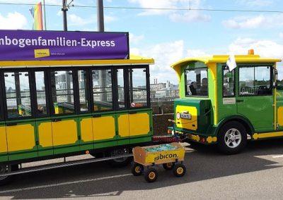 Regenbogenfamilien-Express2-1000